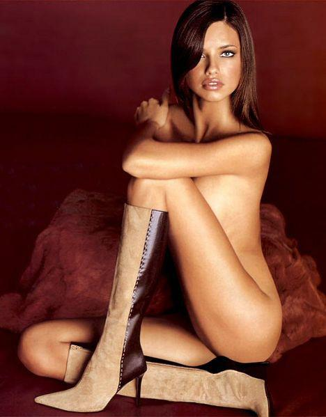 1-adriana-lima