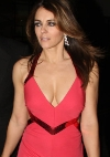 Liz Hurley out at hotel Dorchester in London, March 15, 2009 - h