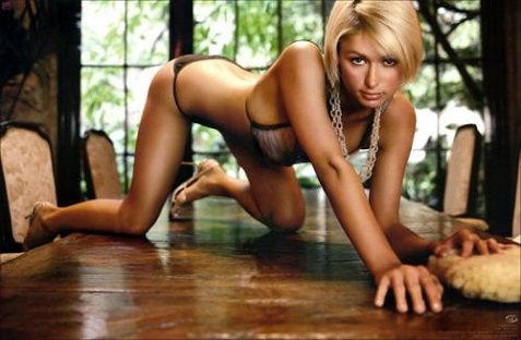 paris-hilton-crawling