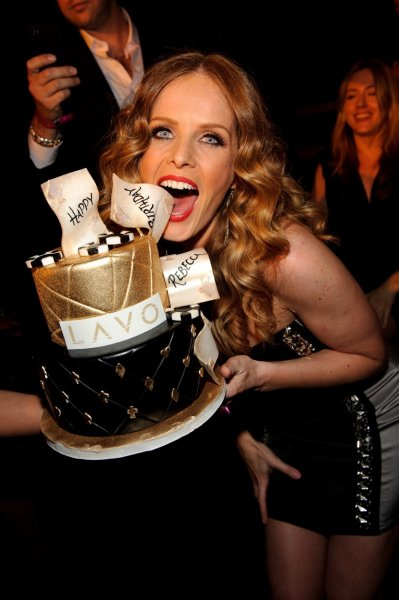 rebecca-mader-with-cake-at-lavo-lv